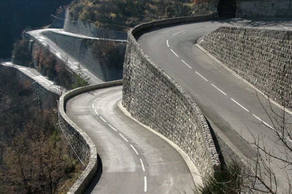 col-de-turini-stacked-hairpins.jpg